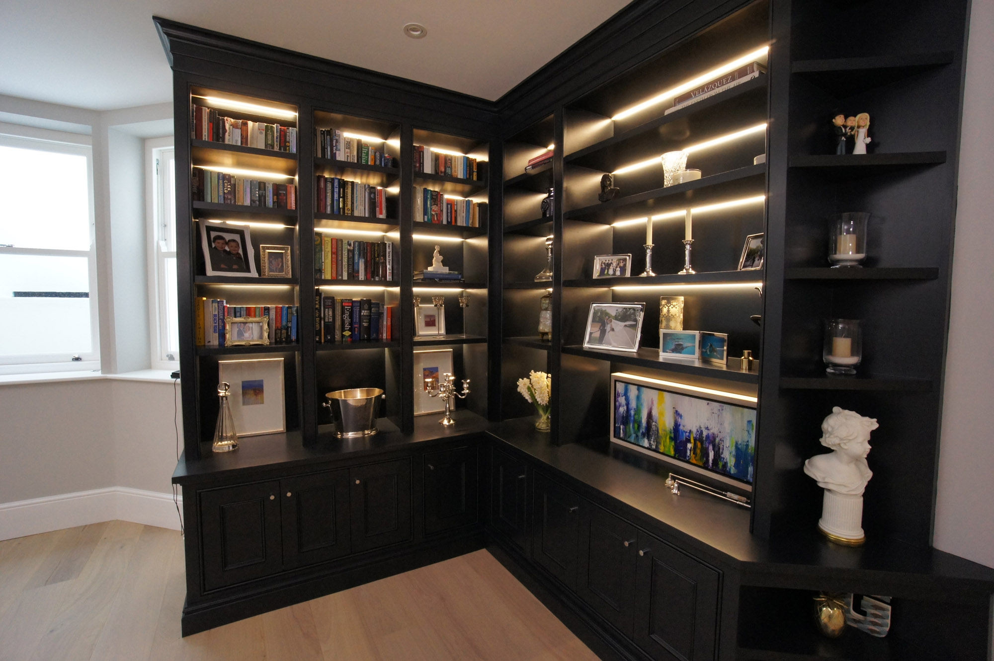 GW-Cabinetry-Interior-Solutions-Bookcases-5.jpg